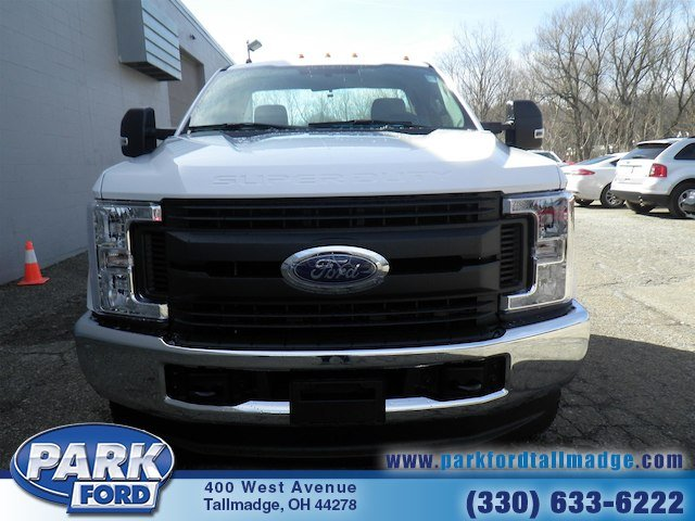 2018 F-350 Regular Cab DRW 4x4, Cab Chassis #T445 - photo 5