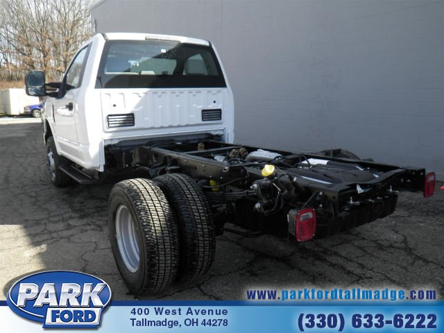2018 F-350 Regular Cab DRW 4x4, Cab Chassis #T445 - photo 2
