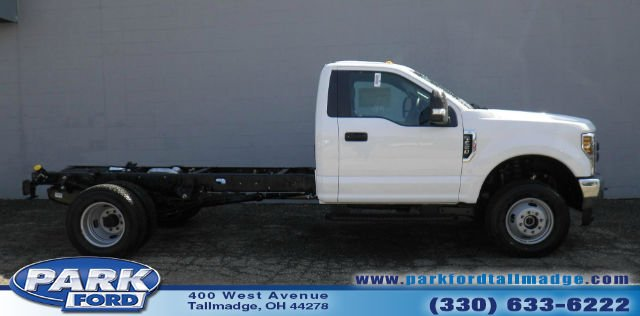 2018 F-350 Regular Cab DRW 4x4, Cab Chassis #T450 - photo 21