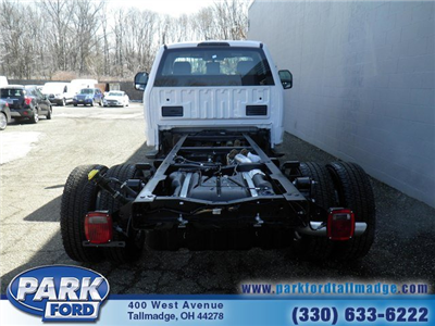 2018 F-350 Regular Cab DRW 4x4,  Cab Chassis #T450 - photo 6