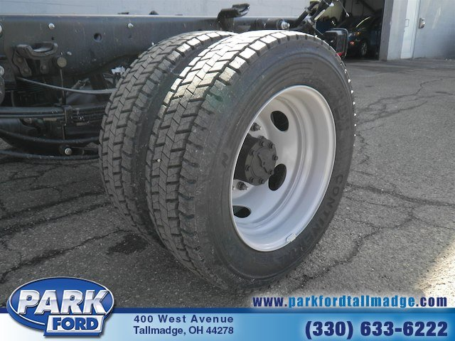 2018 F-450 Regular Cab DRW 4x4, Cab Chassis #T460 - photo 21