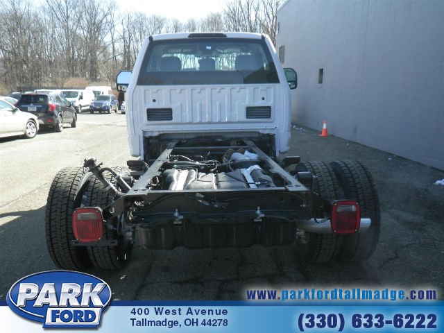 2018 F-550 Regular Cab DRW 4x4, Cab Chassis #T461 - photo 7
