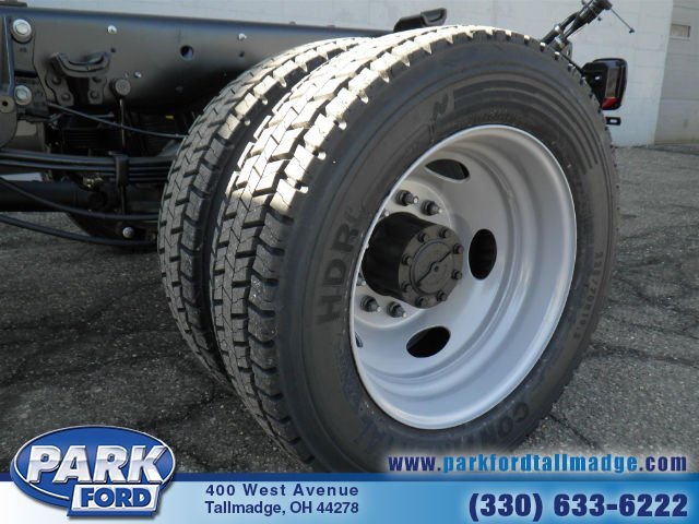 2018 F-450 Super Cab DRW 4x4, Cab Chassis #T472 - photo 22
