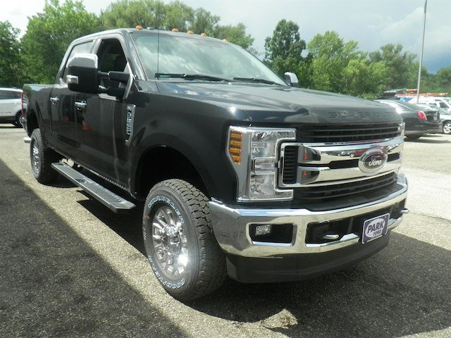 2018 F-250 Crew Cab 4x4,  Pickup #T836 - photo 6