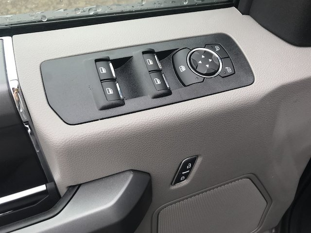 2019 F-150 SuperCrew Cab 4x4,  Pickup #V133 - photo 11