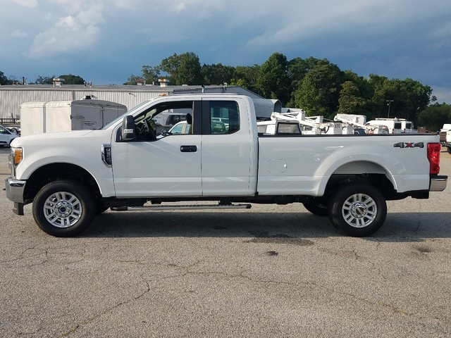 2017 F-250 Super Cab 4x4 Pickup #71521 - photo 4