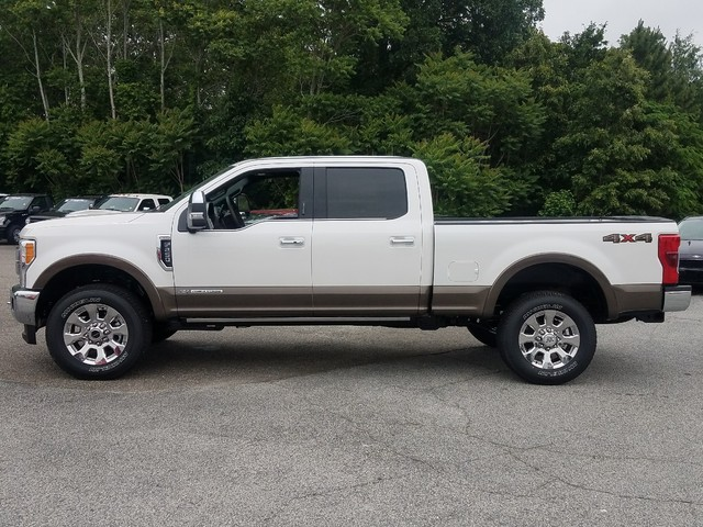 2017 F-250 Crew Cab 4x4 Pickup #71558 - photo 4