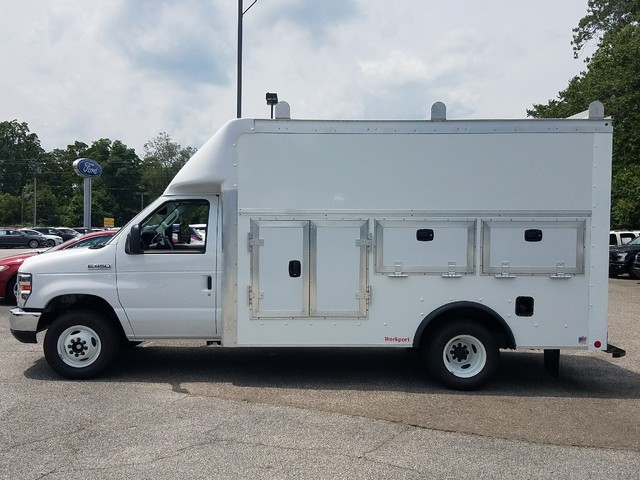 2017 E-450, Rockport Workport Service Utility Van #71627 - photo 4