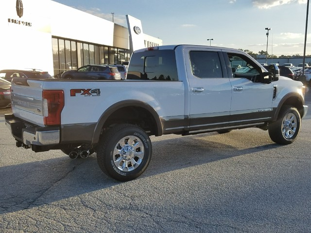 2017 F-350 Crew Cab 4x4 Pickup #72007 - photo 2