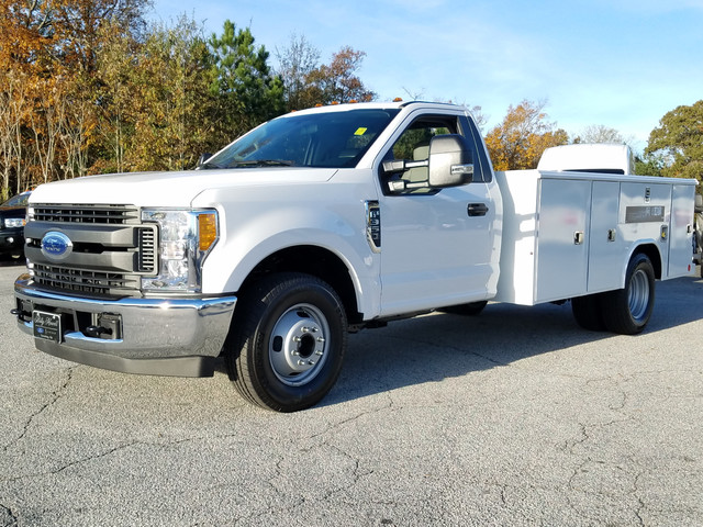 2017 F-350 Regular Cab DRW, Reading Classic II Steel Service Body #72047 - photo 3