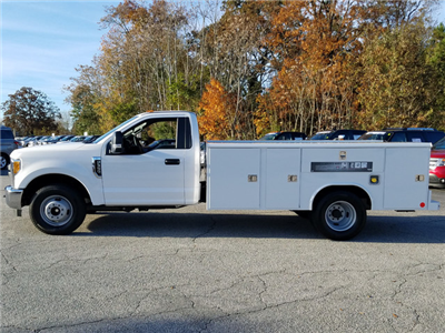 2017 F-350 Regular Cab DRW, Reading Classic II Steel Service Body #72047 - photo 4