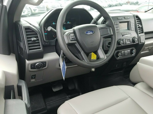 2018 F-150 Regular Cab 4x2,  Pickup #81230 - photo 7