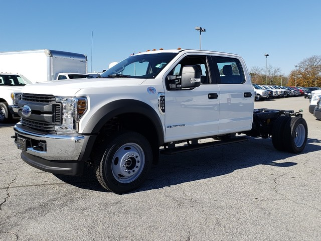 2019 F-450 Crew Cab DRW 4x4,  Cab Chassis #91051 - photo 4