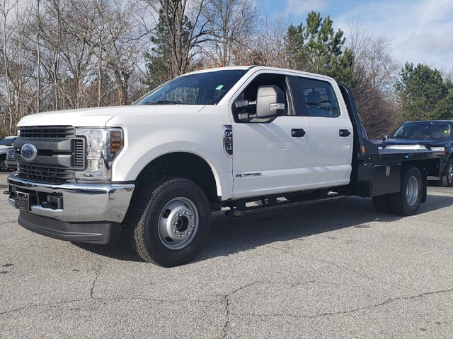 2019 F-350 Crew Cab DRW 4x4,  Platform Body #91253 - photo 4