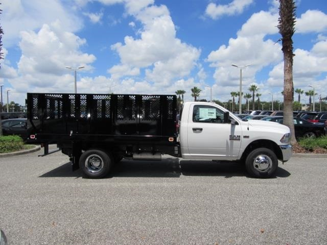 2017 Ram 3500 Regular Cab DRW, Landscape Dump #T171563 - photo 3
