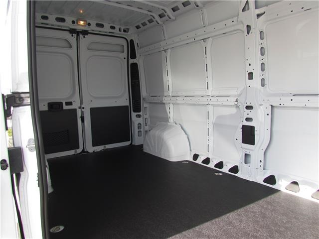 2017 ProMaster 2500 High Roof Cargo Van #T171833 - photo 9