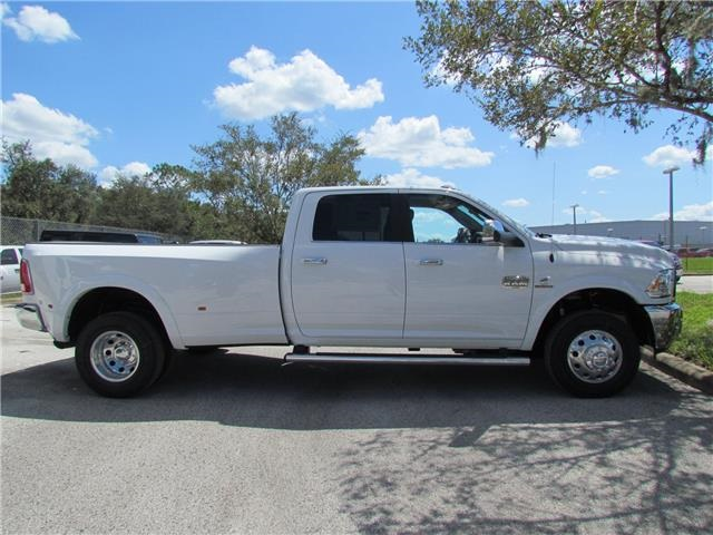 2018 Ram 3500 Crew Cab DRW 4x4 Pickup #T180022 - photo 5