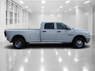 2018 Ram 3500 Crew Cab DRW 4x4,  Pickup #T180308 - photo 3