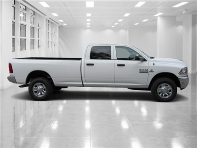 2018 Ram 2500 Crew Cab 4x4, Pickup #T180311 - photo 3