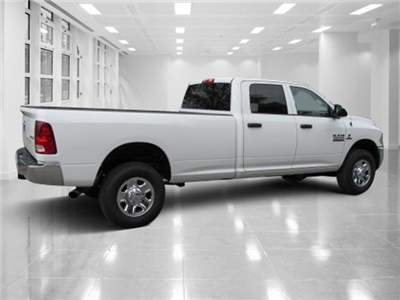 2018 Ram 2500 Crew Cab 4x4, Pickup #T180311 - photo 2