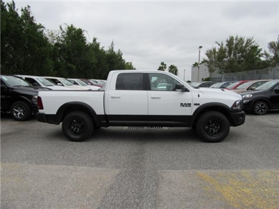 2018 Ram 1500 Crew Cab 4x4, Pickup #T180367 - photo 5