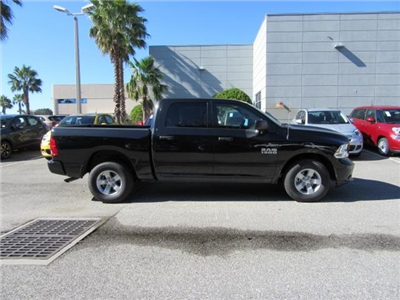 2018 Ram 1500 Crew Cab, Pickup #T180484 - photo 6