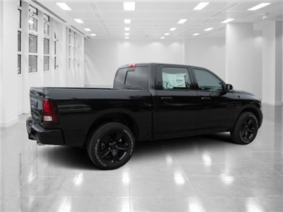 2018 Ram 1500 Crew Cab 4x4 Pickup #T180504 - photo 2