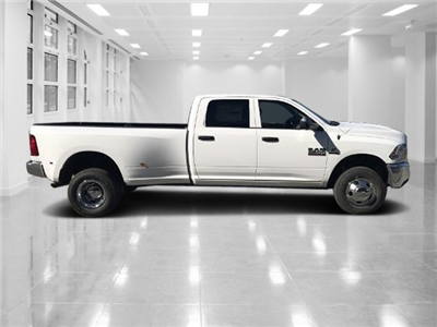 2018 Ram 3500 Crew Cab DRW 4x4, Pickup #T181063 - photo 3