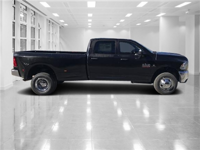 2018 Ram 3500 Crew Cab DRW 4x4, Pickup #T181067 - photo 3