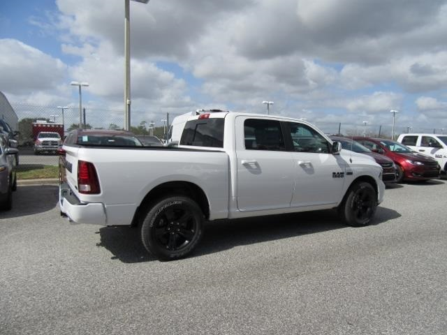 2018 Ram 1500 Crew Cab 4x4, Pickup #T181277 - photo 4