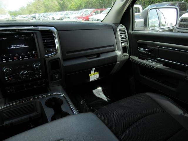 2018 Ram 1500 Crew Cab 4x4, Pickup #T181277 - photo 10