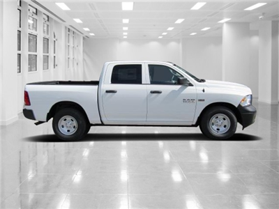 2018 Ram 1500 Crew Cab, Pickup #T181295 - photo 3