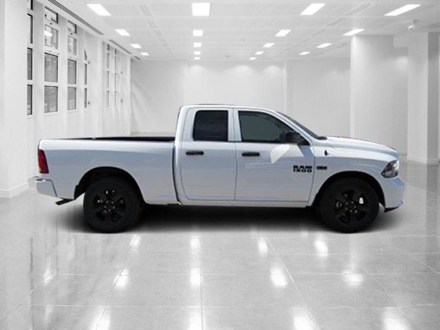 2018 Ram 1500 Quad Cab, Pickup #T181344 - photo 3