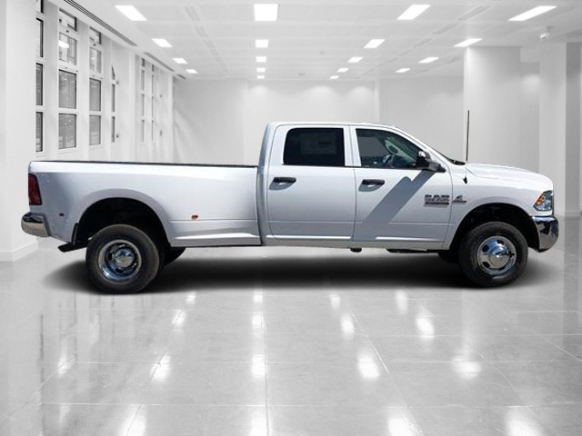 2018 Ram 3500 Crew Cab DRW 4x4,  Pickup #T181461 - photo 3
