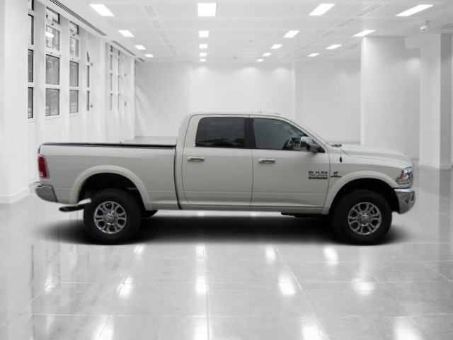 2018 Ram 2500 Crew Cab 4x4,  Pickup #T181500 - photo 3
