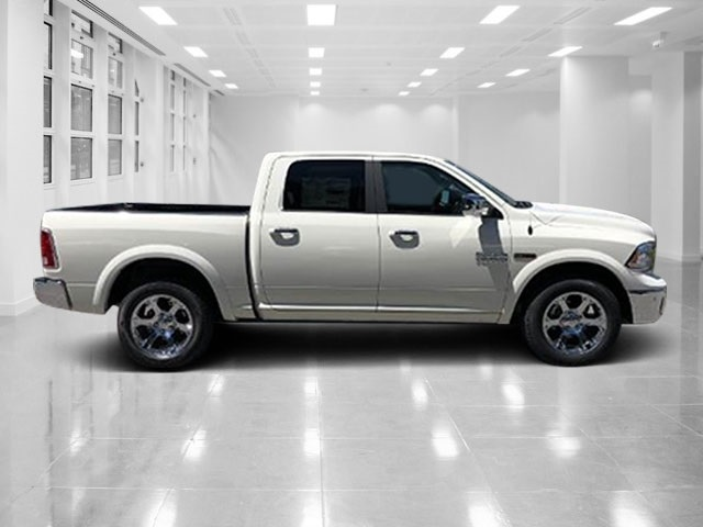 2018 Ram 1500 Crew Cab 4x4, Pickup #T181585 - photo 3