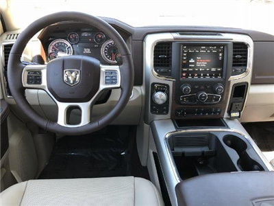 2018 Ram 1500 Crew Cab 4x4, Pickup #T181585 - photo 9