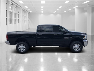 2018 Ram 2500 Crew Cab 4x4, Pickup #T181644 - photo 3