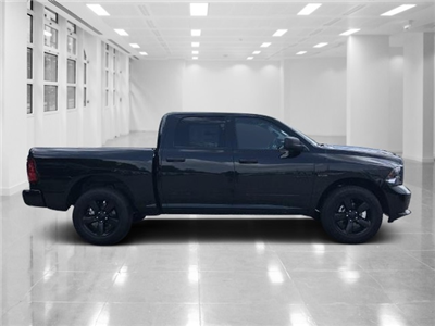 2018 Ram 1500 Crew Cab 4x4, Pickup #T181701 - photo 3