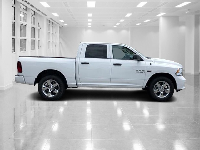 2018 Ram 1500 Crew Cab 4x2,  Pickup #T181895 - photo 3