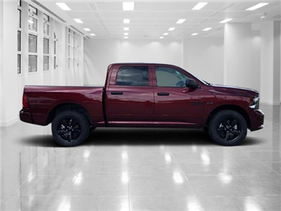 2018 Ram 1500 Crew Cab 4x2,  Pickup #T181899 - photo 3