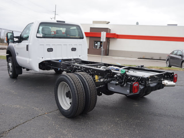2016 F-450 Regular Cab DRW 4x4, Cab Chassis #161456 - photo 14