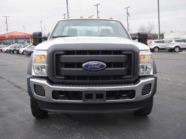2016 F-450 Regular Cab DRW 4x4, Cab Chassis #161456 - photo 3