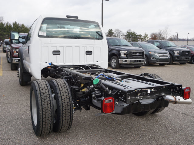 2016 F-450 Regular Cab DRW 4x4, Cab Chassis #161465 - photo 14