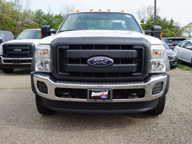 2016 F-450 Regular Cab DRW 4x4, Cab Chassis #161733 - photo 3
