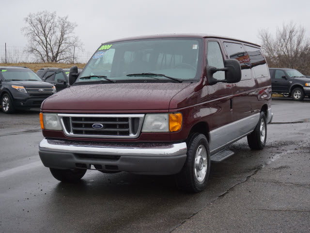 2005 E-150, Passenger Wagon #163413B - photo 5