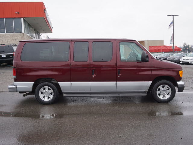 2005 E-150, Passenger Wagon #163413B - photo 9