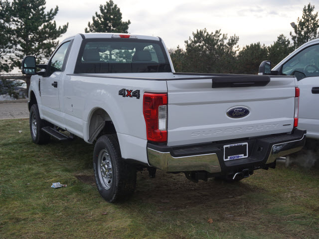 2017 F-350 Regular Cab 4x4, Pickup #171499 - photo 5