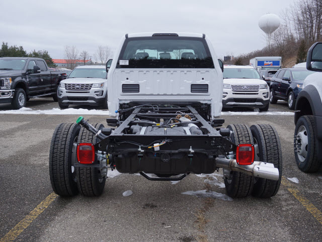 2017 F-550 Crew Cab DRW 4x4 Cab Chassis #171833 - photo 5