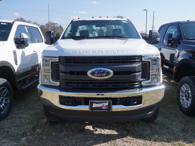 2017 F-350 Regular Cab 4x4, Pickup #171905 - photo 4
